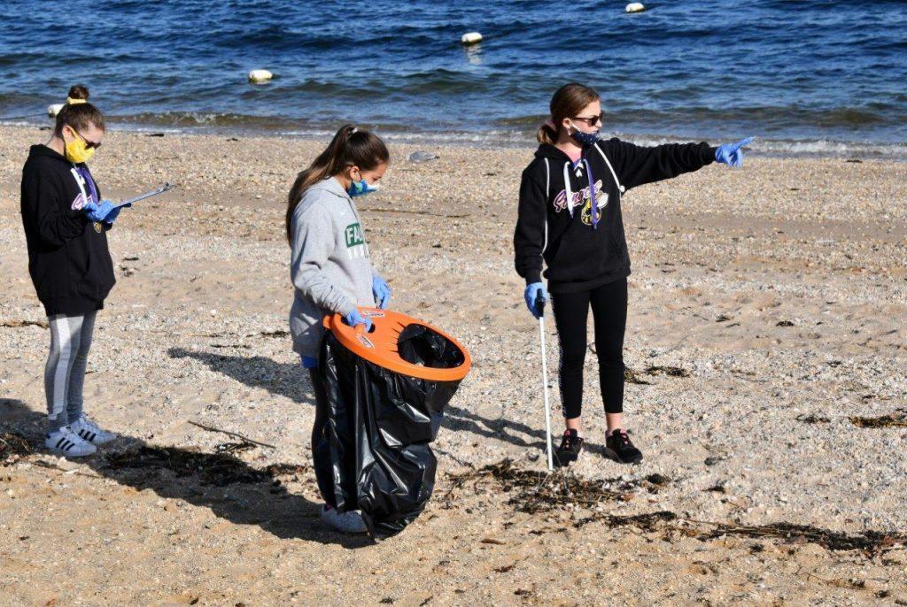 Beach-Clean-TabHauserPhoto-2020-(4)